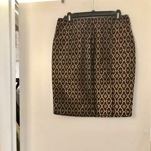 NWT The Limited gold/black pencil skirt. Size 4